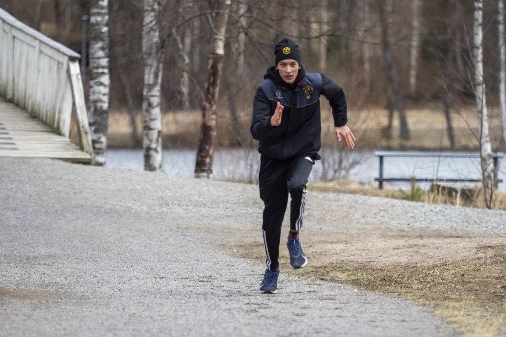 Verneri Leino treenaa